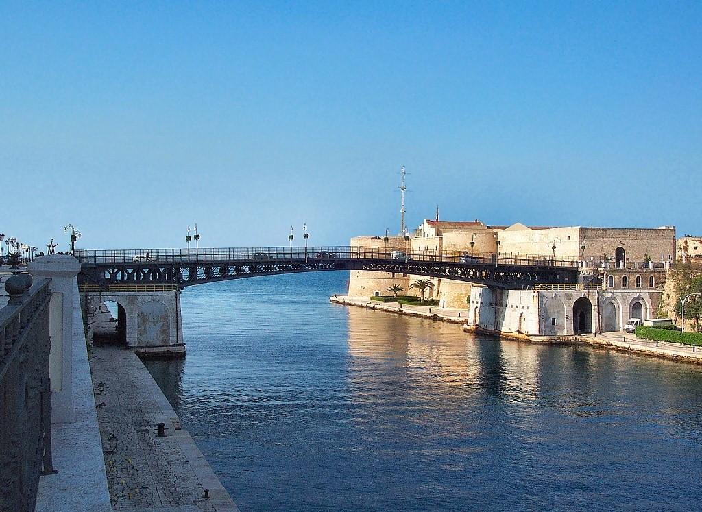 ponte-girevole-taranto